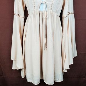 Forever 21 Dresses - FOREVER 21 Blush Nude Boho Bell Sleeve Dress S